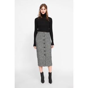 Spiegel Houndstooth Print Midi Skirt